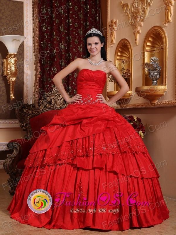 Cienfuegos Cuba Appliques Beautiful Red 2013 Sweet sixteen Ball ...