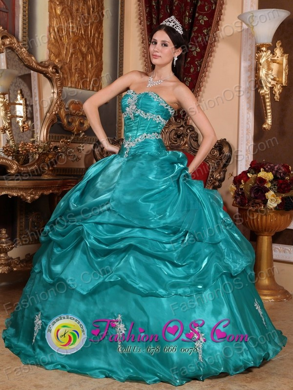 Brand New Turquoise 2013 Quinceanera Dress with Strapless ...