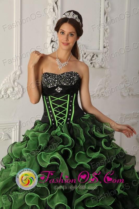 2013 San Jos Pinula Guatemala Beaded Decorate Bust Green and Black ...