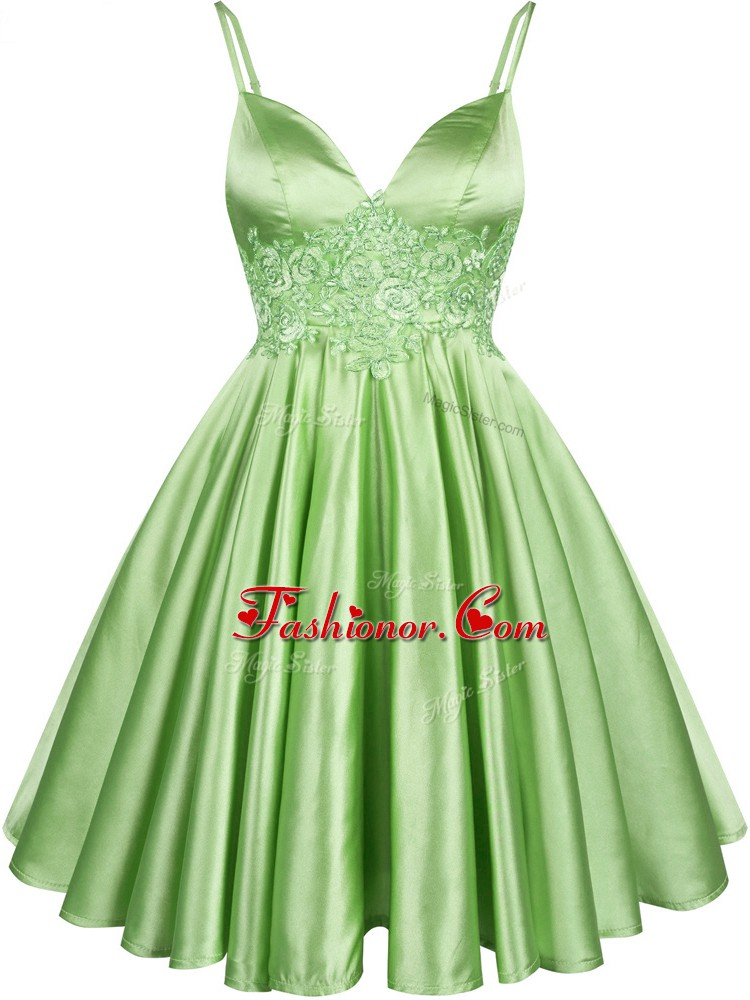 Green Elastic Woven Satin Lace Up Spaghetti Straps Sleeveless Knee Length Dama Dress Lace