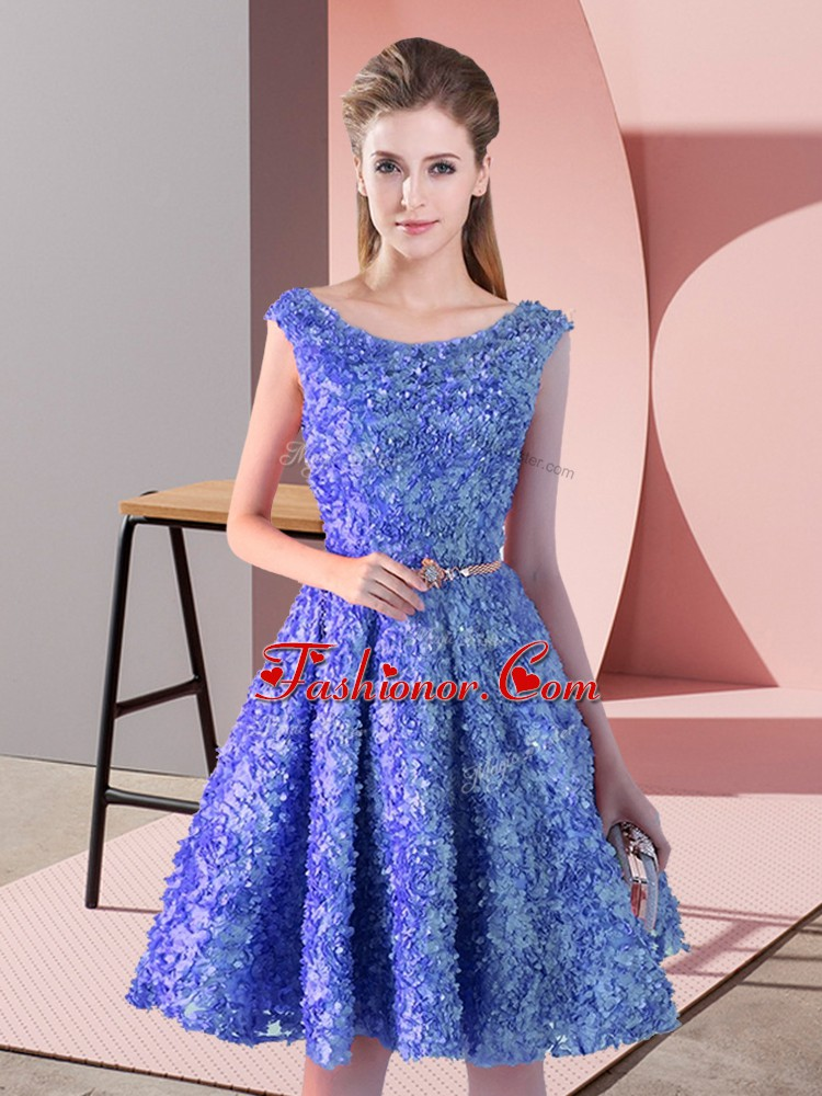 Decent Sleeveless Lace Knee Length Lace Up Homecoming Dress in Blue with Belt