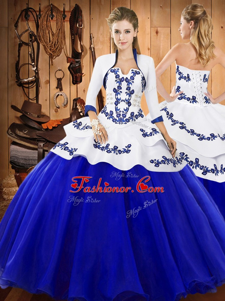 Strapless Sleeveless Quinceanera Dresses Floor Length Embroidery Royal Blue Tulle