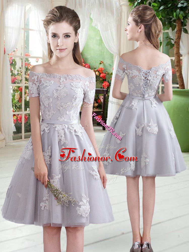 Sexy Off The Shoulder Short Sleeves Prom Dress Knee Length Appliques Grey Tulle