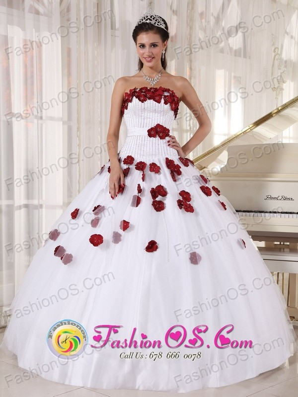 Oaxaca Mexico For Formal Evening White and Wine Red Quinceanera ...
