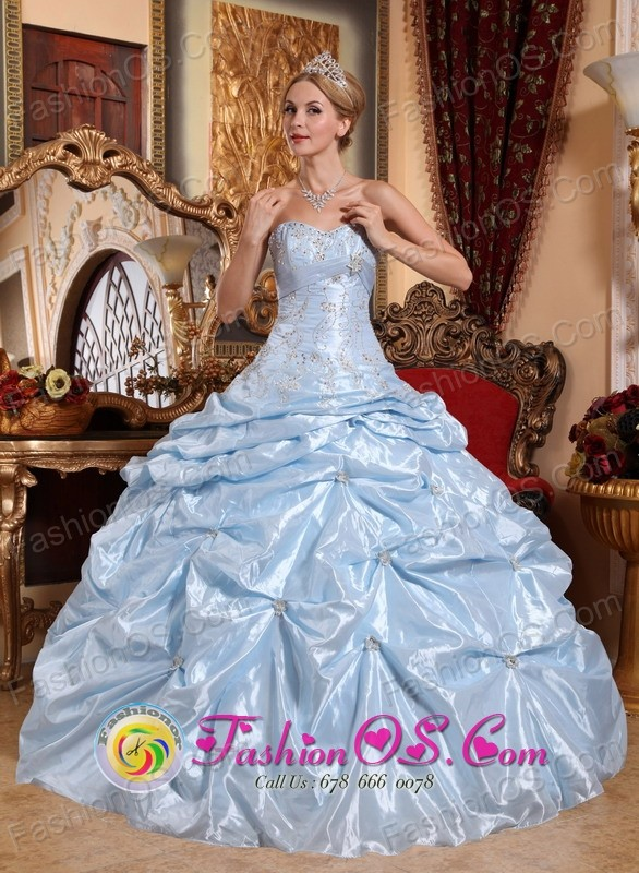 Padre Hurtado Chile Ball Gown Sweetheart Quinceanera Dress With ...