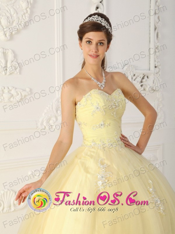 Light Yellow Quinceanera Dress With Sweetheart Ruched Bodice ...