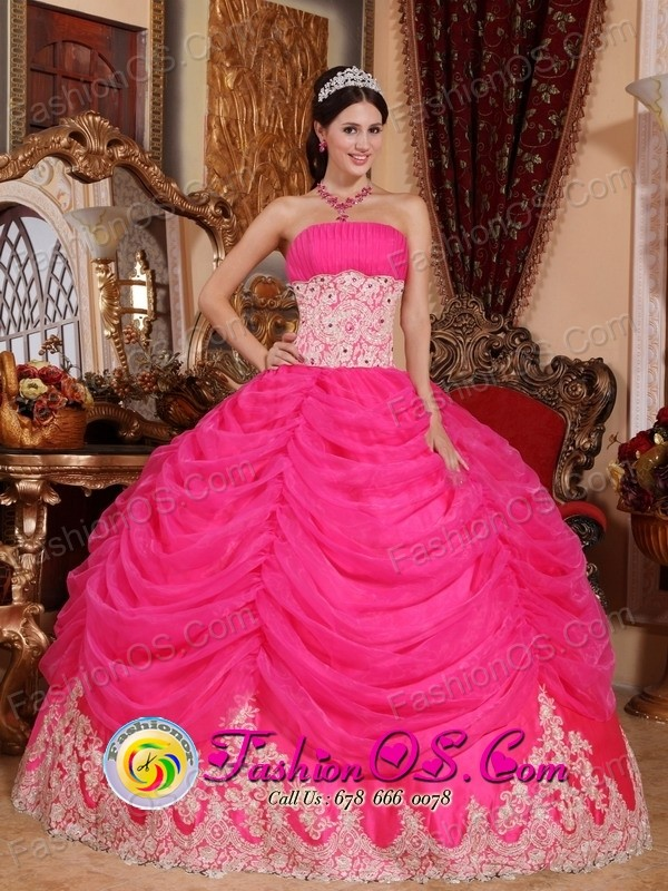 Style of dress in brazil