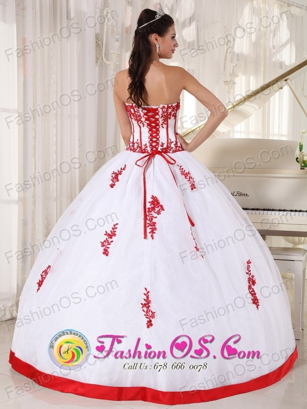 Lebu Chile Customized White and red Satin and Organza Quinceanera ...