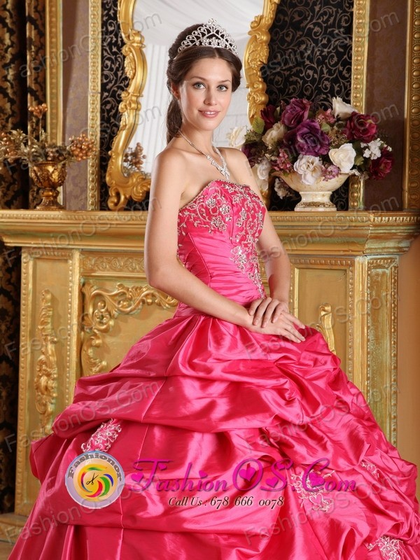 ball gowns El Monte