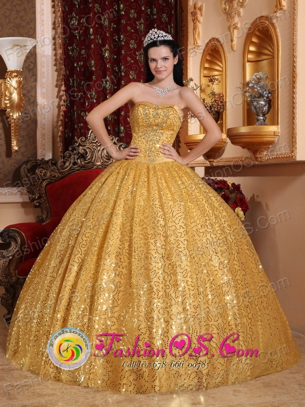 Monterrey Mexico Wholesale Gold Paillette Ball Gown and Appliques Strapless Bodice For 2013 Quinceanera Style QDZY045FOR