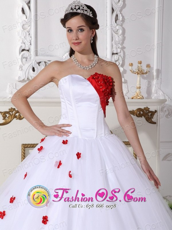 2013 White and Red Sweetheart Neckline Quinceanera Dress With Hand ...