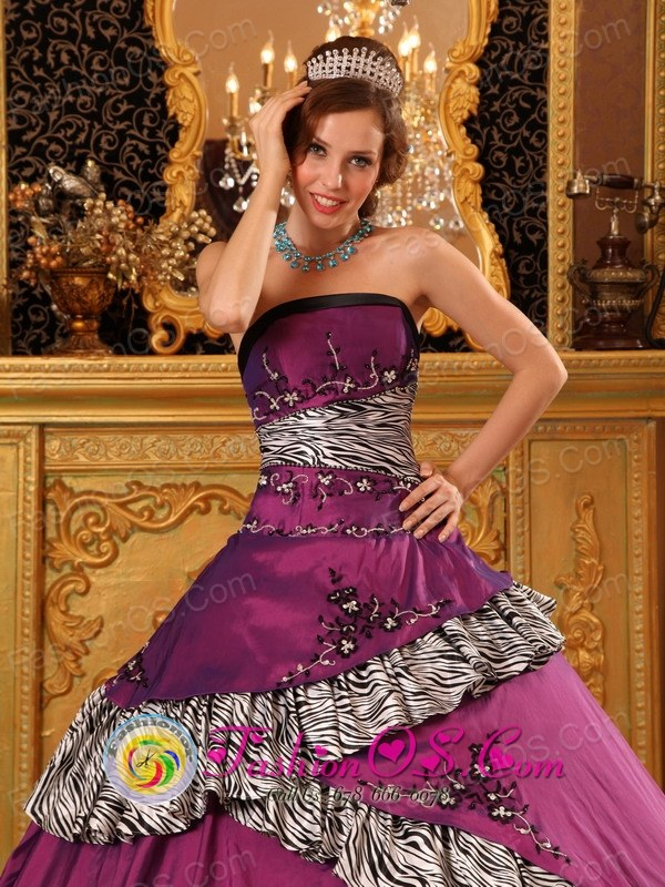 Ayacucho Peru 2013 Strapless Embroidery Zebra Dark Purple ...