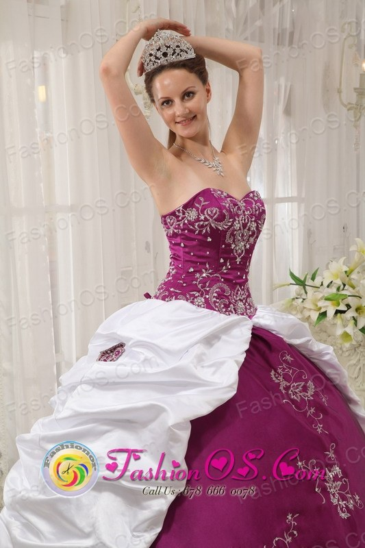 Beautiful Embroidery Bright Purple and White Sweet 16 Dress ...