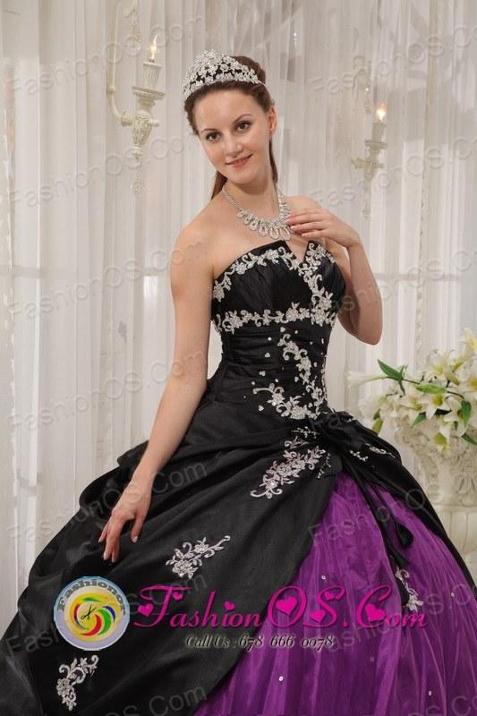Modest white Appliques Decorate Black and Purple Quinceanera Dress ...