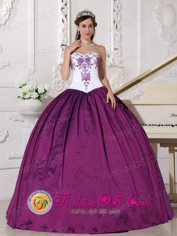 Summer Design Own Quinceanera Dresses Online Dark Purple and White ...
