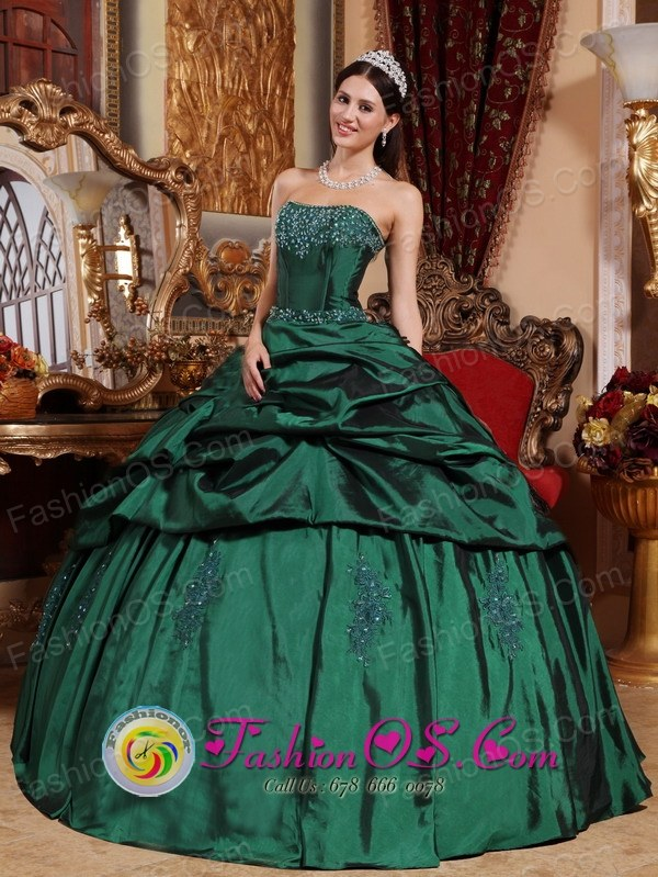 Custom Made Emerald Green Quinceanera Dresses with Beads and Pick ...
