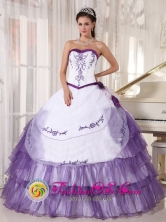 2013 La Rioja   Argentina White and Purple Quinceanera Dress Sweetheart Satin and Organza Embroidery floral decorate  Style PDZY416FOR