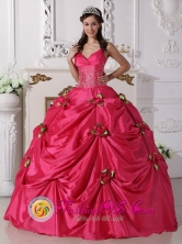 Customize Hot Pink  Beading Gowns  For Sweet 16 Hand Made Rose Spaghetti Straps Decorate In San Fernando del Valle de Catamarca Argentina Style QDZY720FOR