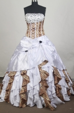 Exclusive Ball gown Strapless Chapel Train Vintage Quinceanera Dresses Style FA-W-r14