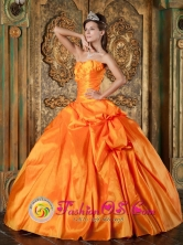 Manzanillo Cuba Shinning Sweetheart Orange Taffeta Quinceanera Dress With floral Decoration And Pick-ups Style QDZY182FOR