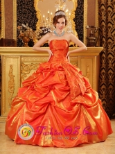 2013 Unique Orange Red For Popular Quinceanera Dress With Hand Made Flowers and Pick-ups in Cojutepeque  El Salvador Style QDZY132FOR