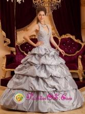 Appliques With Beading Decorate Romantic Gray Halter Quinceanera Dress in Acajutla  El Salvador Style QDZY163FOR