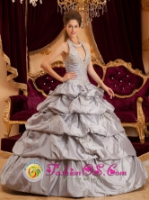 Appliques With Beading Decorate Romantic Gray Halter Quinceanera Dress in La Unian   El Salvador  Style QDZY163FOR