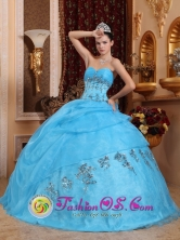 Aqua Blue Beaded Decorate Sweetheart Classical Quinceanera Dress For 2013 Quinceanera in Antiguo Cuscatlan  El Salvador  Style QDZY550FOR