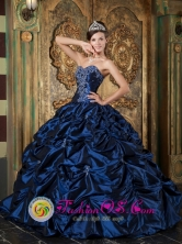Navy Blue Strapless Sweetheart Quinceanera Dress with Picks-up Taffeta Ball Gown in Usulutan    El Salvador  Style QDZY116FOR