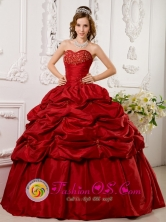 Red Quinceanera Dress With Sweetheart Taffeta Appliques beading Decorate Pick ups For Military Ball in Concepcion de Ataco El Salvador Style QDLJ0081FOR