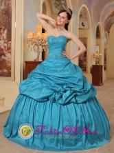 Sweet 16 Teal Quinceanera Dress With Pick-ups Sweetheart Neckline Taffeta in Formal Evening in Acajutla  El Salvador Style QDML079FOR
