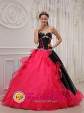 2013 San Pablo Jocopilas Guatemala Spring Appliques Beautiful Black and red Quinceanera Dress Sweetheart Satin and Organza Ball Gown Style QDZY419FOR