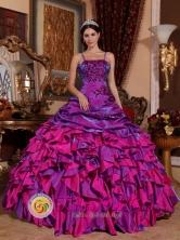 2013 Santa Lucia Cotzumalguapa Guatemala Discount Purple and Fuchsia Ruffled Quinceanera Dress With Embroidery Straps Multi-color Style QDZY062FOR