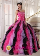 Antigua Guatemala Guatemala Black and Hot Pink One Shoulder With puffy Ruffles For 2013 Quinceanera Dress ball gown Style PDZY502FOR