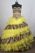 Unique Ball gown Sweetheart-neck Chapel Train Quinceanera Dresses Style FA-W-r18