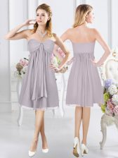 Top Selling Sleeveless Chiffon Knee Length Side Zipper Dama Dress for Quinceanera in Grey with Ruching