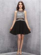Graceful Scoop Sleeveless Chiffon Knee Length Zipper Prom Party Dress in Black with Beading