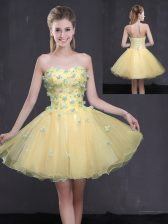 Custom Fit Sleeveless Mini Length Appliques Lace Up with Light Yellow