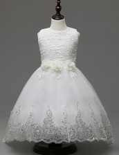 White A-line Organza Scoop Sleeveless Lace and Appliques and Bowknot With Train Zipper Flower Girl Dresses for Less Brush Train