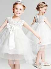 Stylish White Ball Gowns Scoop Sleeveless Tulle Knee Length Zipper Appliques and Bowknot Toddler Flower Girl Dress
