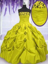 Strapless Sleeveless Taffeta Vestidos de Quinceanera Embroidery and Ruffled Layers Lace Up