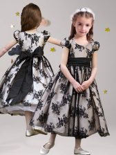 Scoop Short Sleeves Lace Tea Length Zipper Flower Girl Dresses for Less Black for Party and Quinceanera and Wedding Party with Sashes ribbons