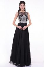 Scoop Sleeveless Chiffon Floor Length Zipper Homecoming Dress in Black with Beading and Appliques and Ruching