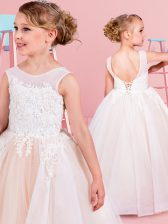 Beautiful White Scoop Backless Lace and Appliques Flower Girl Dresses for Less Sleeveless