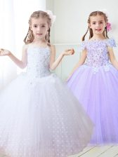 Unique White Ball Gowns Tulle Spaghetti Straps Sleeveless Beading and Appliques Floor Length Zipper Flower Girl Dress