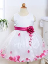 White Scoop Neckline Appliques and Hand Made Flower Kids Formal Wear Sleeveless Zipper