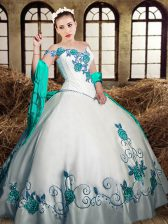 White Sweetheart Neckline Embroidery Quince Ball Gowns Sleeveless Lace Up