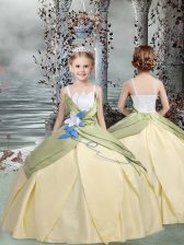 Popular Ball Gowns Girls Pageant Dresses Champagne Spaghetti Straps Taffeta Sleeveless Floor Length Lace Up