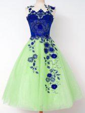 Graceful A-line Tulle Straps Sleeveless Appliques Knee Length Lace Up Vestidos de Damas