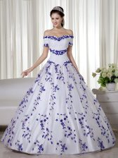 White Ball Gown Prom Dress Military Ball and Sweet 16 and Quinceanera with Embroidery Off The Shoulder Short Sleeves Lace Up